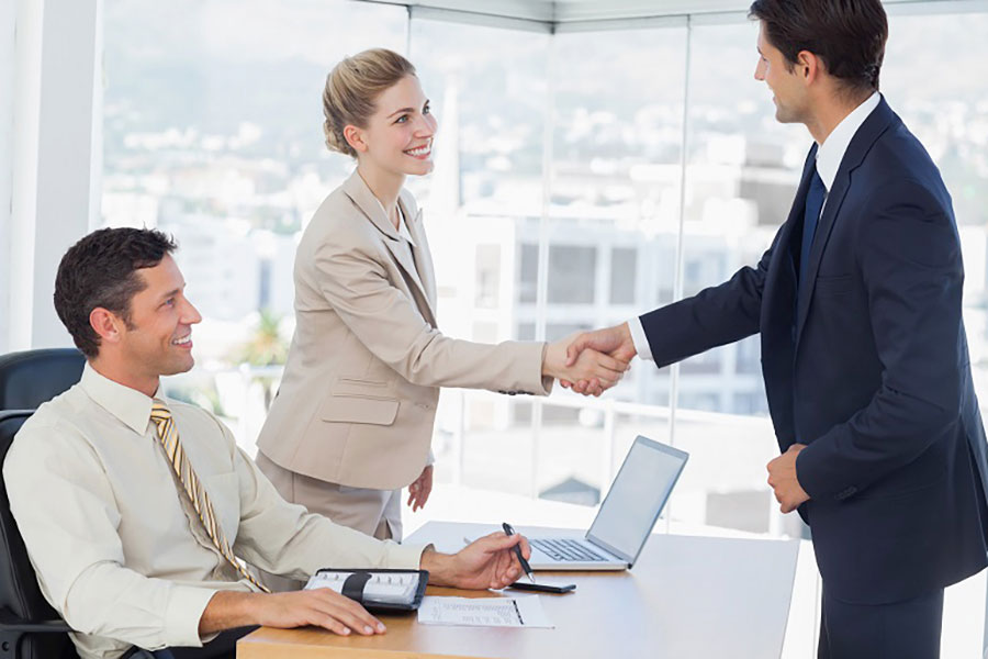 How to Attract the Right Employees